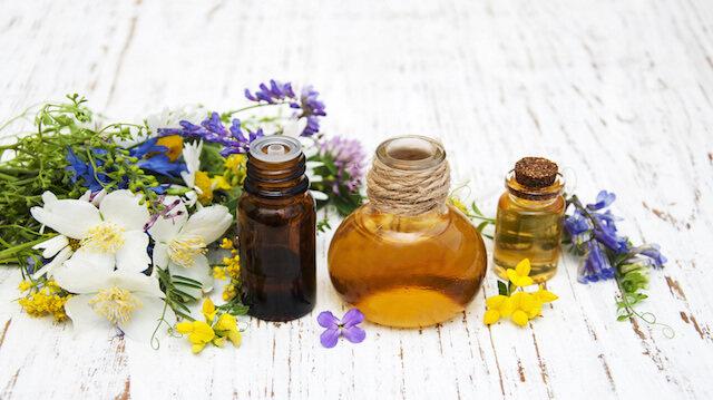 Najboljša naravna olja za suho in zrelo kožo